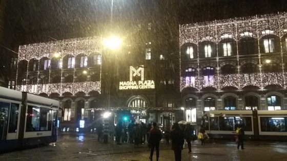 Snow in front of Magna Plaza Shopping Centre